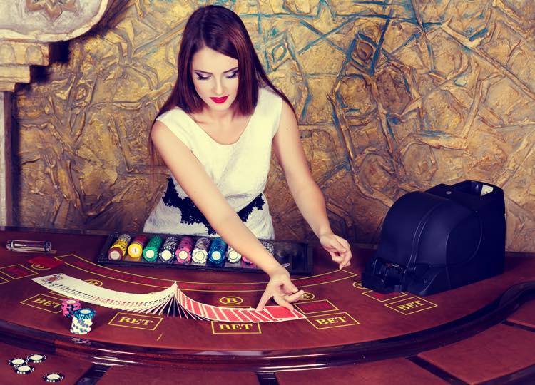 カジノポーカー