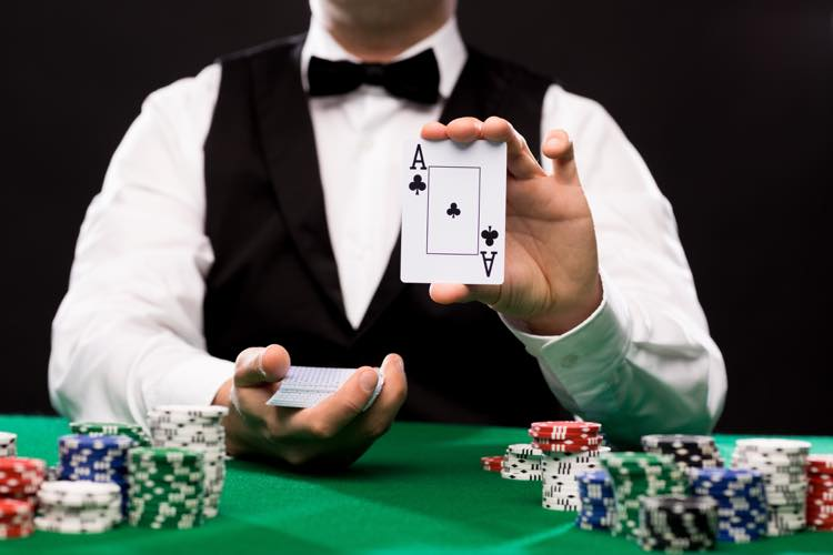 カジノのディーラー